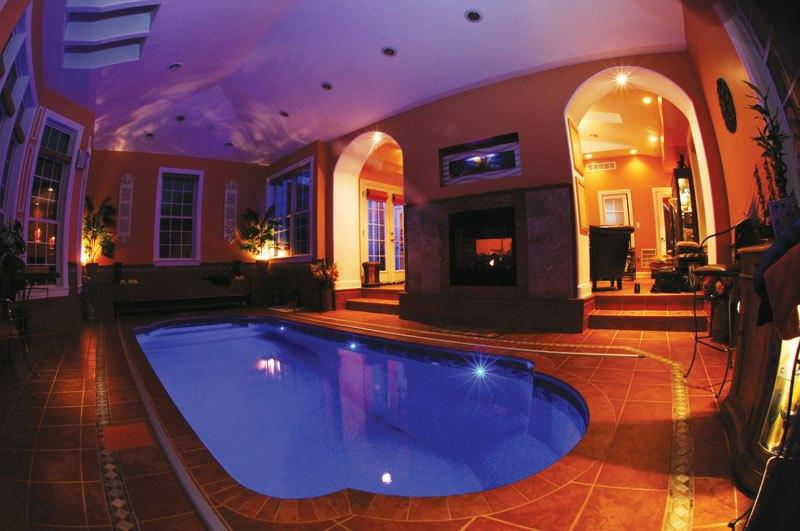 indoor pool construction contractor