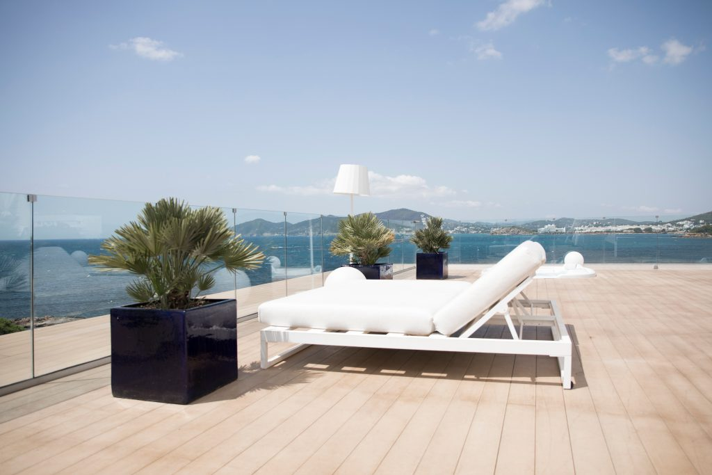 rooftop terrace construction contractor